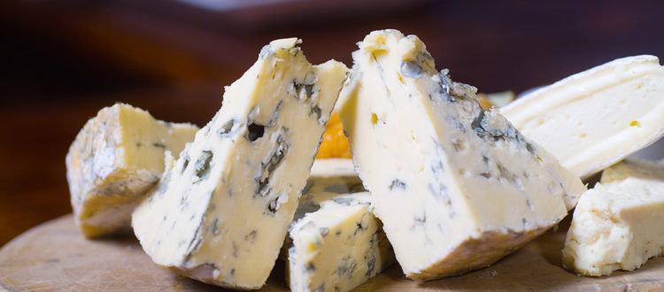 picture of blue cheese on a wooden board